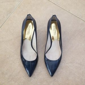Michael Kors Shinny Navy Blue Heals